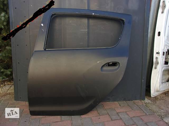 бу Б/у дверь передняя для легкового авто Dacia Sandero в Тернополе