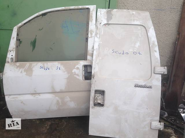 продам Б/у дверь передняя для легкового авто Fiat Scudo бу в Мукачево