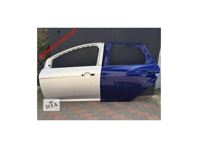 Б/у дверь передняя для легкового авто Ford Focus- объявление о продаже  в Бучаче