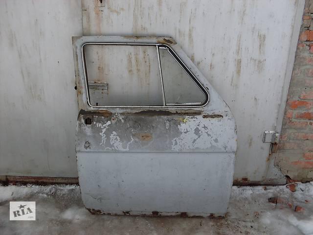 купить бу Б/у дверь передняя для легкового авто ГАЗ 21 в Полтаве