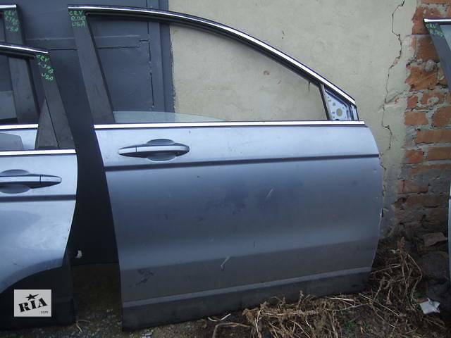 продам Б/у дверь передняя для легкового авто Honda CR-V бу в Ровно