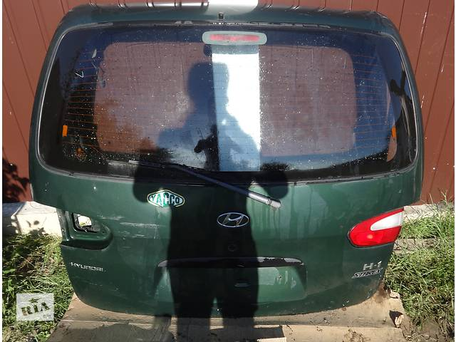бу Б/у дверь задняя/багажник для авто Hyundai H 200 в Львове