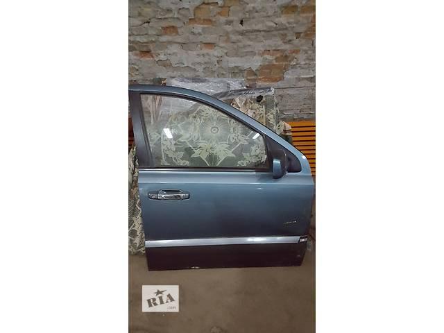 бу Б/у дверь передняя для легкового авто Kia Sorento в Ровно