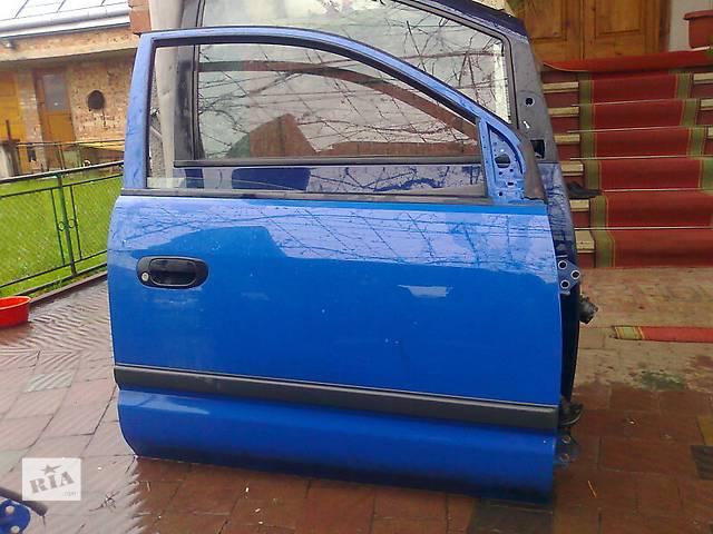 продам Б/у дверь передняя для легкового авто Mitsubishi Space Star бу в Львове