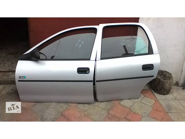 продам Б/у дверь передняя для легкового авто Opel Corsa бу в Белой Церкви