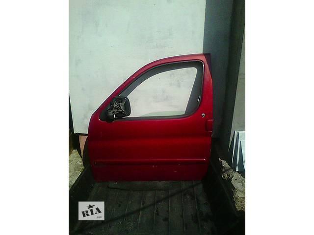 продам Б/у дверь передняя для легкового авто Peugeot Partner 2 бу в Ковеле