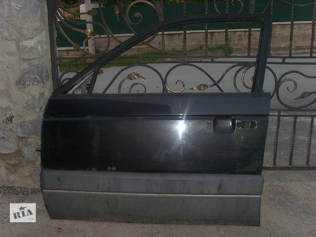 бу Б/у дверь передняя для легкового авто Volkswagen Passat B3 в Борщеве (Тернопольской обл.)