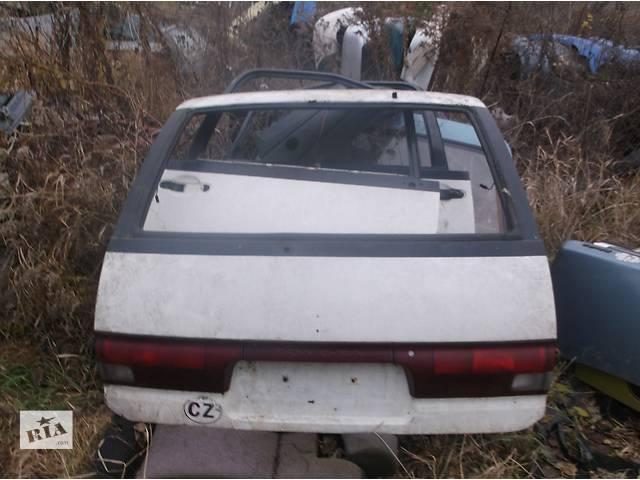 купить бу Б/у дверь передняя для минивена Toyota Previa в Киеве