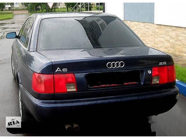 купить бу Б/у дверь передняя для седана Audi A6 в Стрые