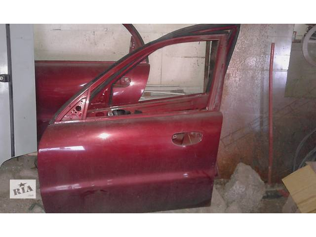 бу Б/у дверь передняя для седана Daewoo Lanos Sedan в Днепре (Днепропетровск)