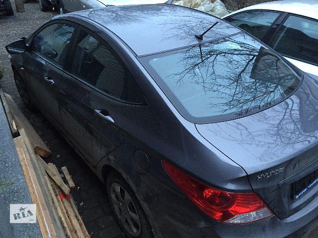 продам Б/у дверь передняя для седана Hyundai Accent 2013 бу в Киеве