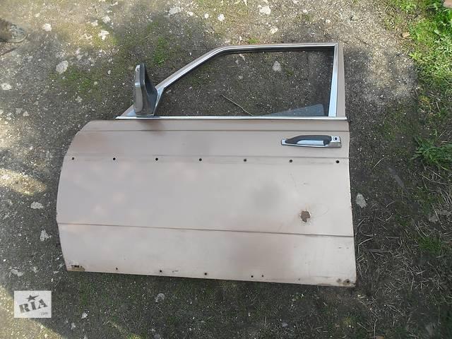 купить бу Б/у дверь передняя для седана Mercedes 123 в Дубно