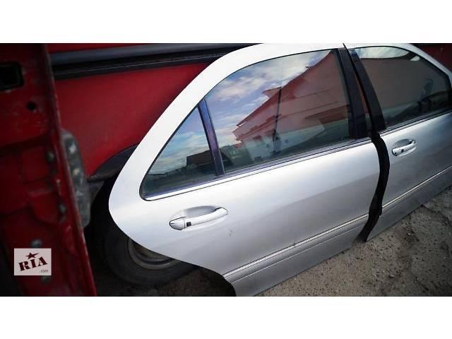 купить бу Б/у дверь передняя для седана Mercedes S 500 2004 в Броварах