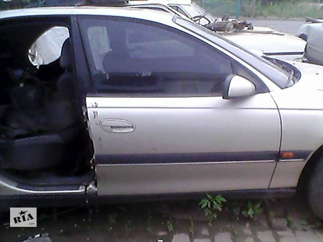 купить бу Б/у дверь передняя для седана Opel Omega B в Ивано-Франковске