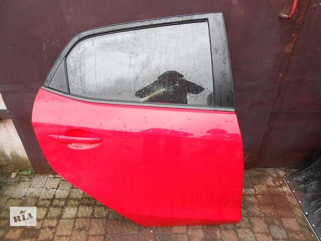 купить бу Б/у Дверь передняя Mazda 2 в Киеве