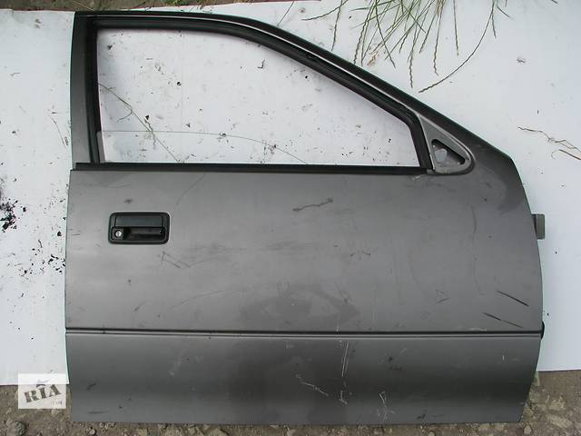 бу Б/у дверь передняя п Suzuki Swift 1995 в Броварах