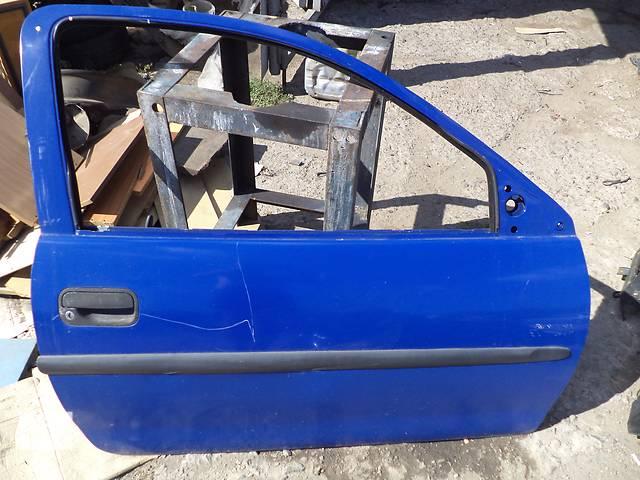 продам Б/у дверь передняя правая для хэтчбека Opel Corsa B 1992г бу в Киеве