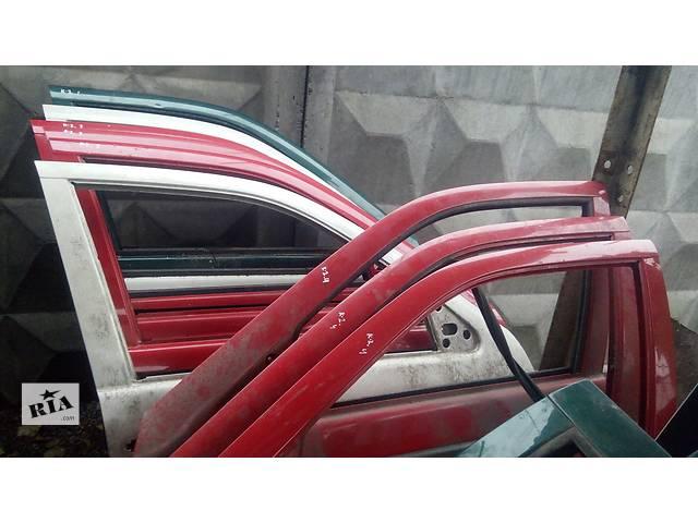 продам Б/у Дверь передняя правая Volkswagen Caddy 2 бу в Киеве