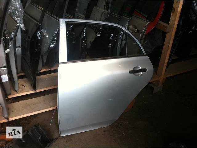 продам Б/у дверь передняя  Toyota Corolla бу в Киеве