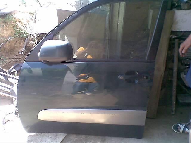 купить бу Б/у Дверь передняя Toyota Rav 4 в Киеве