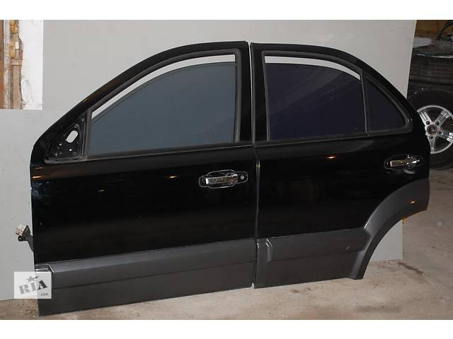 Б/у дверь передняя и задняя  для легкового авто Kia Sorento- объявление о продаже  в Львове