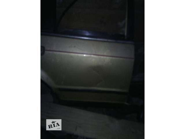 купить бу Б/у дверь задняя для хэтчбека Ford Escort в Львове