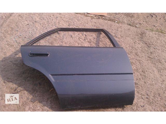 купить бу Б/у дверь задняя для хэтчбека Toyota Carina 1990 в Николаеве