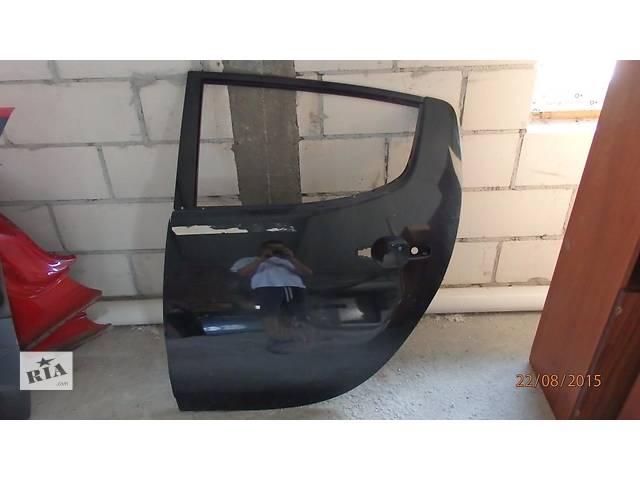 Б/у дверь задняя для кроссовера Mitsubishi L 200- объявление о продаже  в Ровно
