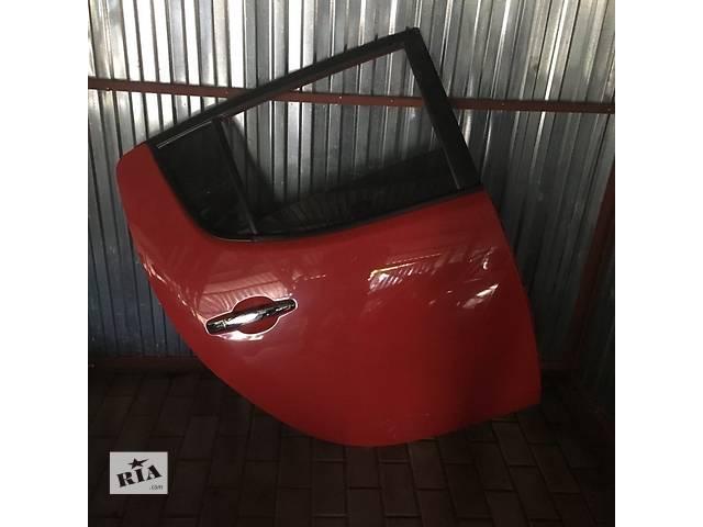 бу Б/у дверь задняя для кроссовера Mitsubishi L 200 в Ровно