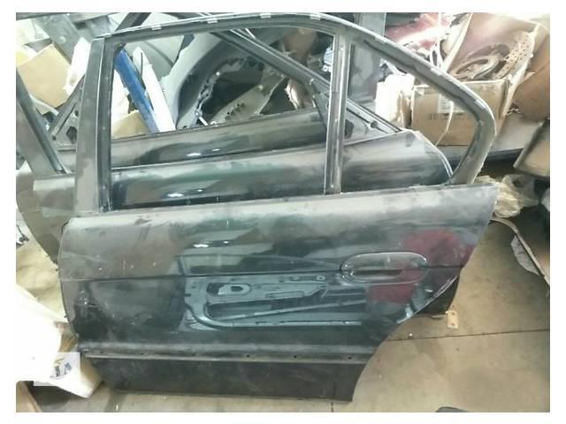 продам Б/у дверь задняя для легкового авто BMW 7 Series e38 бу в Ужгороде