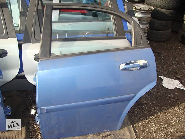 купить бу Б/у дверь задняя для легкового авто Chevrolet Lacetti Hatchback в Черкассах