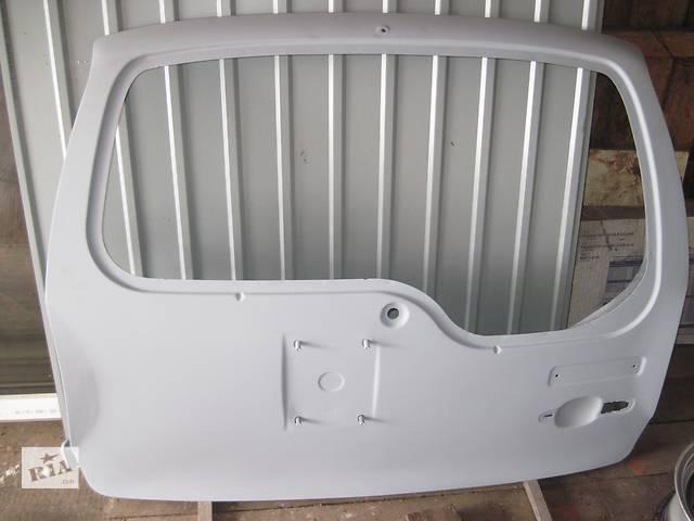 продам Б/у дверь задняя для легкового авто Chevrolet Niva бу в Козельце