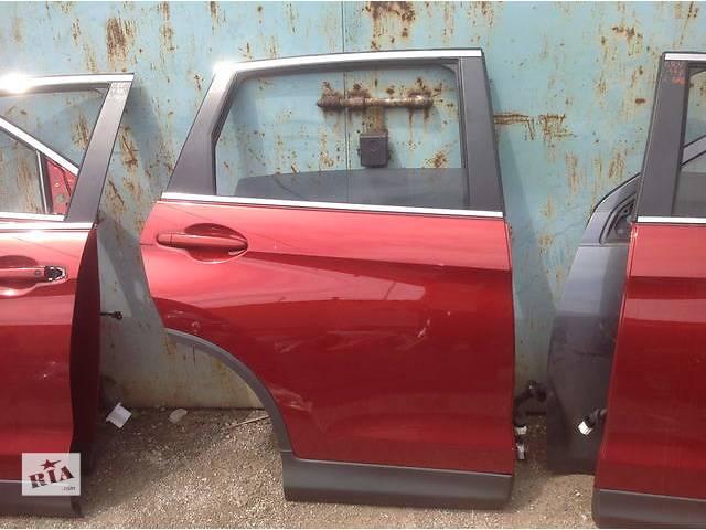 бу Б/у дверь задняя для легкового авто Honda CR-V в Ровно