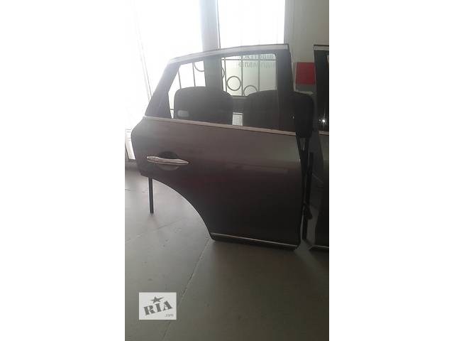 бу Б/у дверь задняя для легкового авто Infiniti EX в Ровно