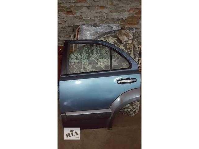 продам Б/у дверь задняя для легкового авто Kia Sorento бу в Ровно