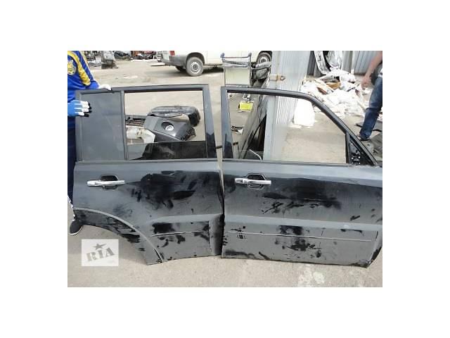 продам Б/у дверь задняя для легкового авто Mitsubishi Pajero Wagon бу в Ровно