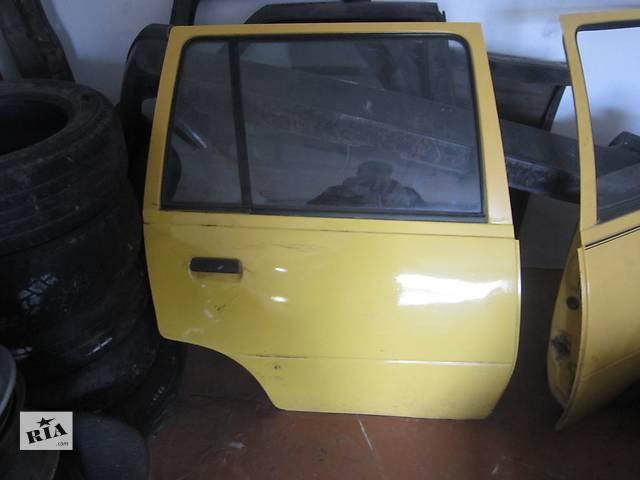 продам Б/у дверь задняя для легкового авто Opel Kadett бу в Ровно