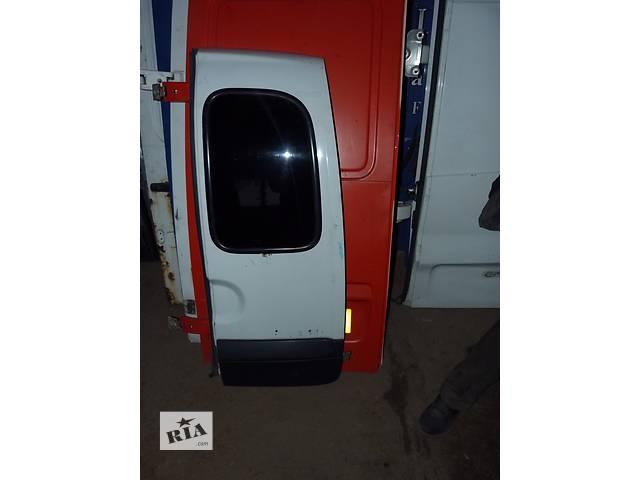 Б/у дверь задняя для легкового авто Renault Kangoo- объявление о продаже  в Звенигородке
