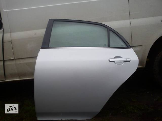 купить бу Б/у дверь задняя для легкового авто Toyota Corolla в Ровно
