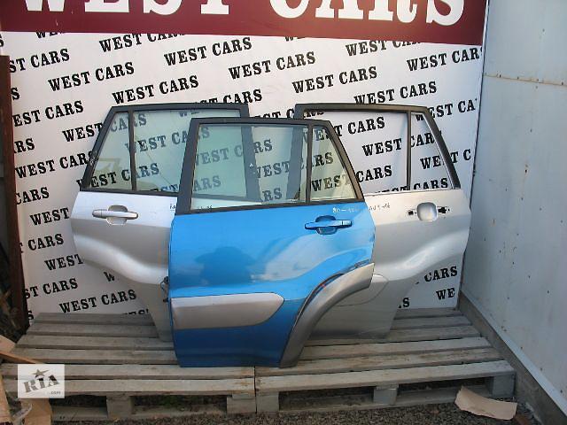 купить бу Б/у дверь задняя для легкового авто Toyota Rav 4 2002 в Луцке