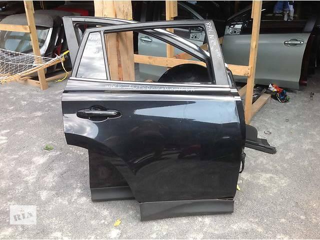 продам Б/у дверь задняя для легкового авто Toyota Rav 4 бу в Ровно