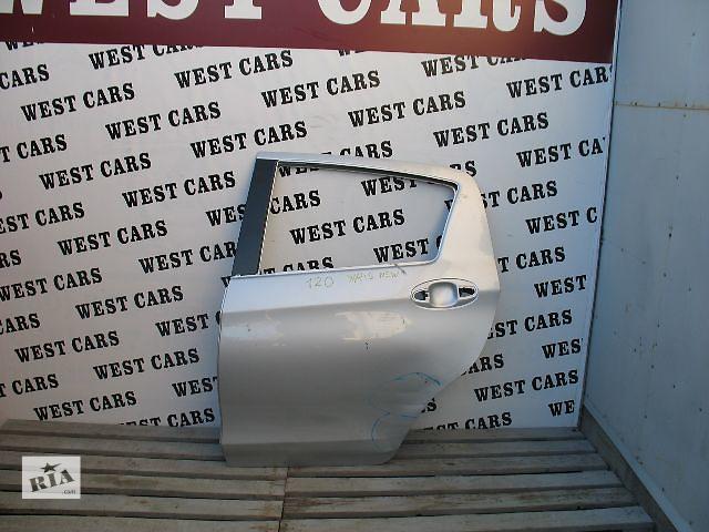 купить бу Б/у дверь задняя для легкового авто Toyota Yaris 2012 в Луцке