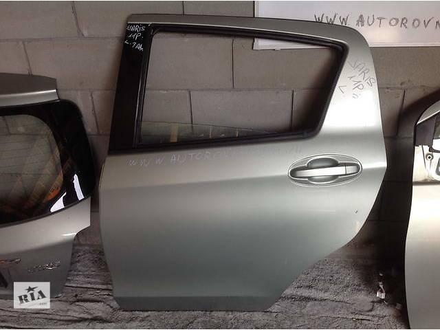 продам Б/у дверь задняя для легкового авто Toyota Yaris бу в Ровно
