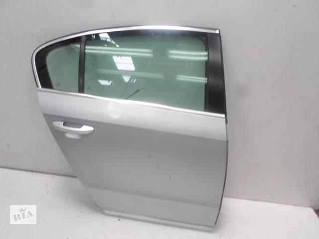 продам Б/у дверь задняя для легкового авто Volkswagen Passat B7 бу в Чернигове