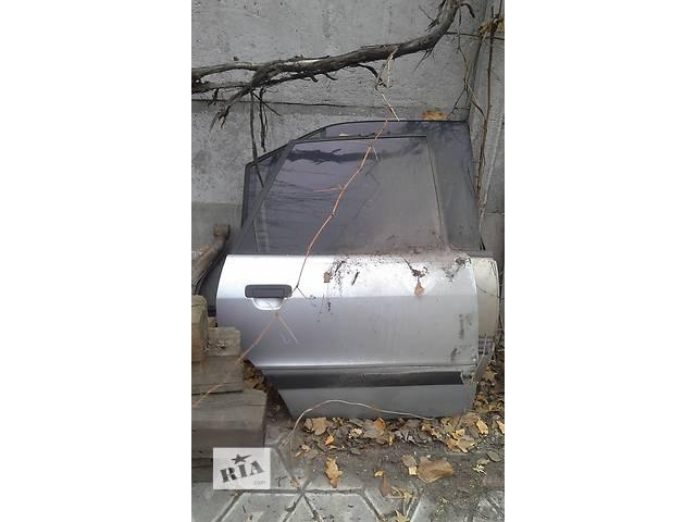 купить бу Б/у дверь задняя для седана Audi 80 в Запорожье
