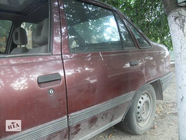 бу Б/у дверь задняя для седана Opel Kadett в Ровно