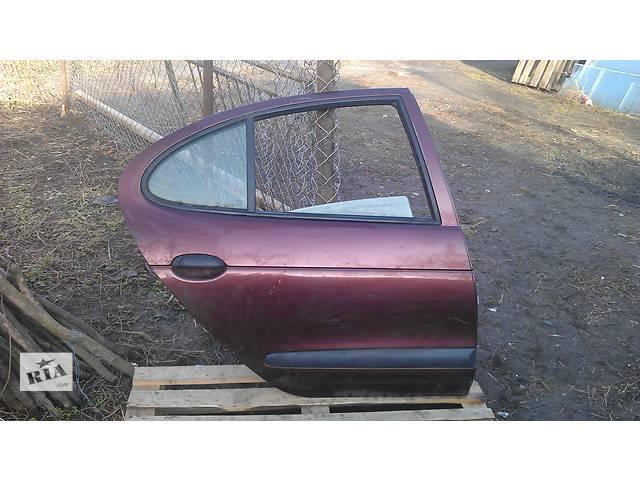 продам Б/у дверь задняя для седана Renault Megane бу в Львове