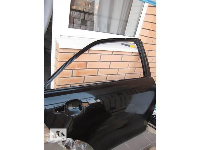 бу Б/у дверь задняя для седана Toyota Camry 40 в Одессе