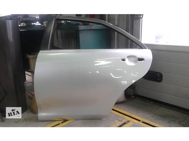 продам Б/у дверь задняя для седана Toyota Camry бу в Херсоне