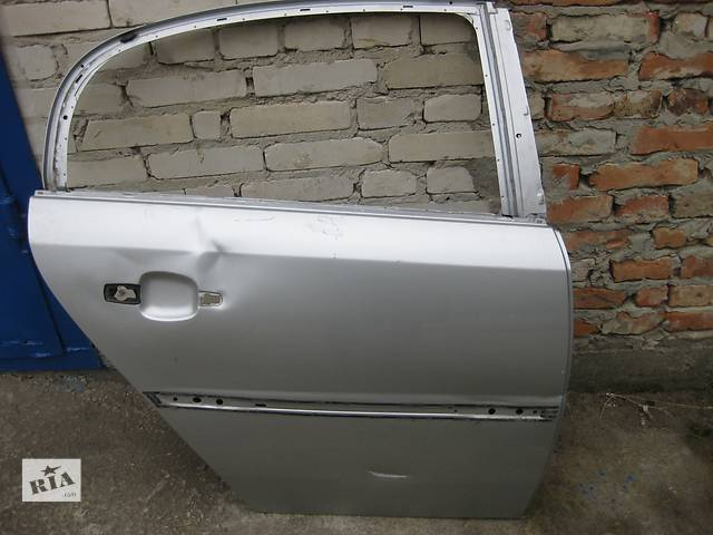 продам Б/у дверь задняя дверка Opel Vectra C бу в Львове